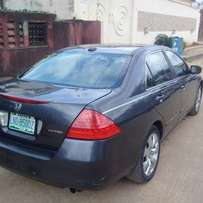 Super Clean 2007 Honda Accord DC (Reverse Camera/DVD/Full option)