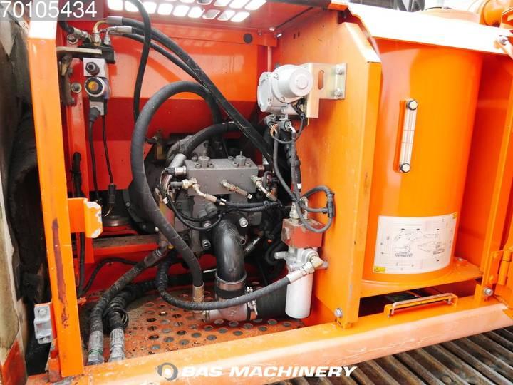 Hitachi EX165 German Dealer Machine - 2002 - image 10