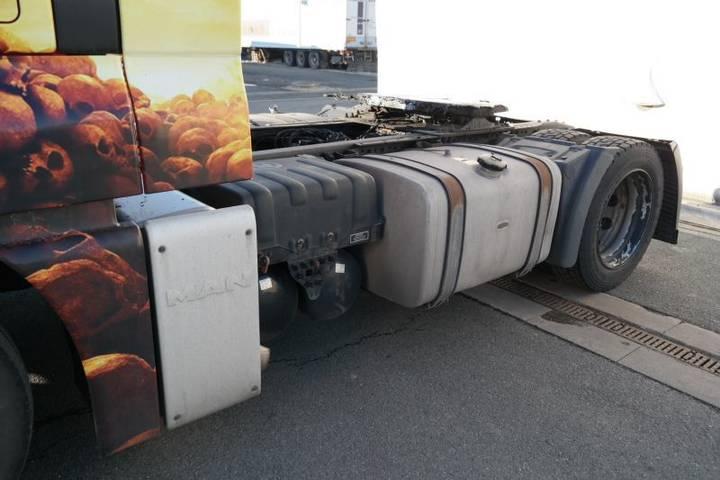 MAN TGX 18.440 4x2 LLS-U EURO 5 low deck - 2012 - image 7