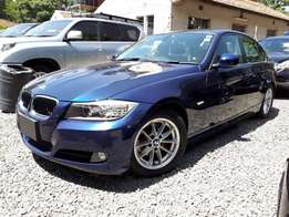 BMW 320i, 2000cc Petrol Automatic, Year 2010, blue