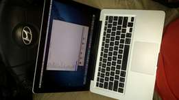 Apple Mac Book Pro core i7 Laptop