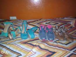 2 wedges,takkie and sandal