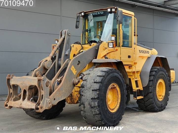 Volvo L120E From first owner - nice machine - 2003