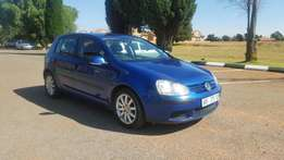 Super Clean. Vw Golf 5 1.6i with low kms!!