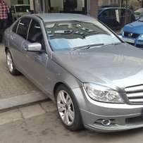 C 350 Mercedes-Benz Automatic 100% good condition