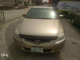 2005 Honda Accord Full option (leather) Tokunbo