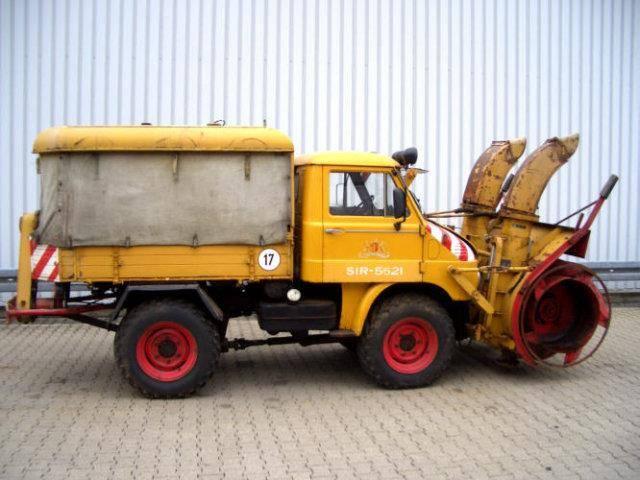 Unimog 30 411 4x4 30 411 4x4 Schneefräse mit Separatmotor - 1964