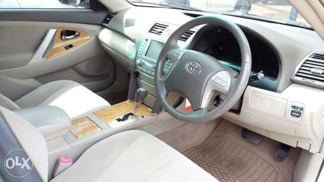 Very clean Toyota Camry 2006 model Muthaiga - image 5