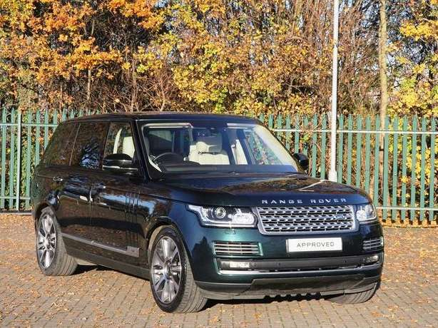 2015 Range Rover Vogue 4.4 diesel *Long wheel base *Rear screens &more Nairobi West - image 1