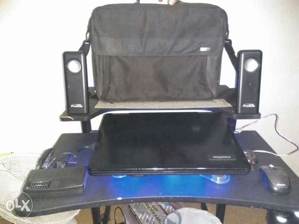 E machine laptop with lots of extra's Vereeniging - image 1
