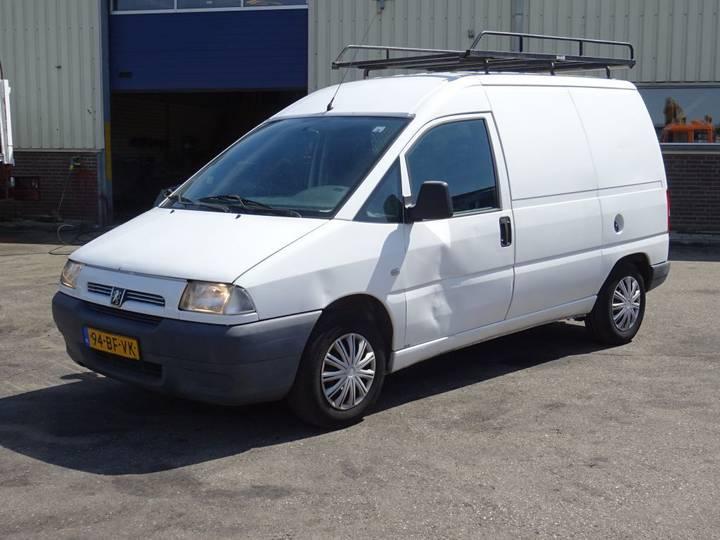 Peugeot Expert 220C 1.9D - 2002