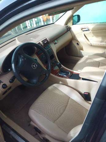 2003 Toks Benz C240 Direct. Automatic Lagos Mainland - image 3
