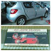 Renault Clio and sandero stripping for spare parts