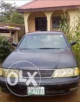 A neat black toyota avalon 1998 model for sale