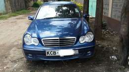 Mercedes C200, 1800cc petrol, year 2007, blue colour dark interior