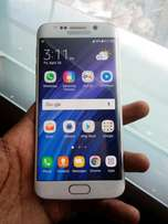 Galaxy S6 edge..32gb Android 7.0