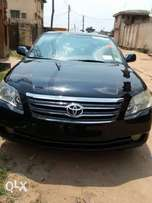 Super neat black 06 Toyota Avalon for Xmas sale