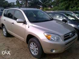 Very neat and clean Toyota Rav4 for sale.