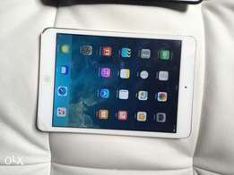 ipad mini 2 16gb WIFI only clean plus leather cover