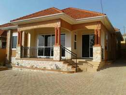 Kira. house for sale at 379m