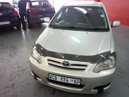 2006 Toyota Runx 1.8 RSI Sport, Color Gold, Prince R110,000.