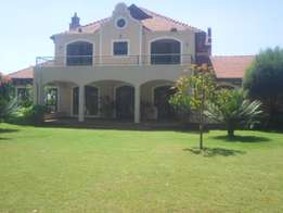 5 bedroomed, all en-suite on a 1/4 acre in Runda for 80 million