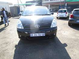 2005 Toyota corolla verso,black in color,148 000km,excellent condition