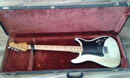 Vintage Fender-Lead I Made In US with Guitar case