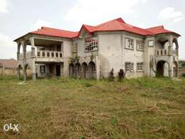 Very big house in the government house of osun oshogbo