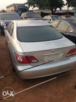 Neatly Toks Lexus Es300 00