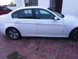 white 325i bmw for sale, in a very good condition