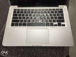 Apple Macbook Pro - 13 Inch Screen, 750GB HDD, Core i7