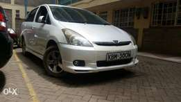 Very well maintained 2003 white Toyota wish 1800cc petrol automatic