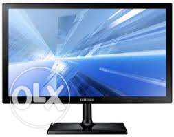 wide screen 22 inches tft at 6500