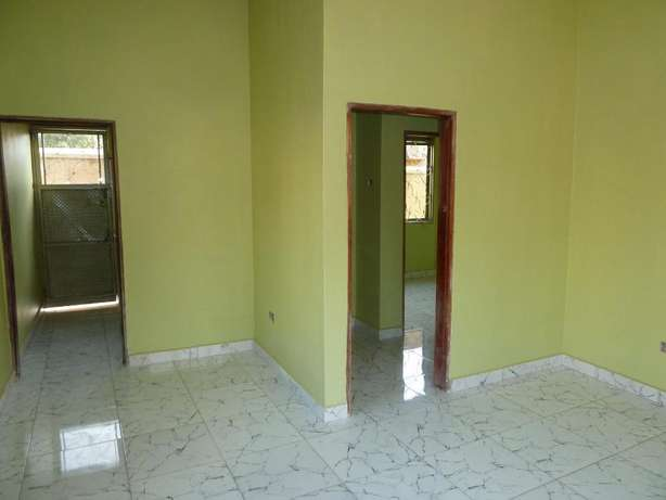 Standard 2 bedroom 2 baths house in Kyanja at 500k Kampala - image 3