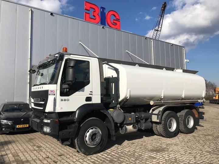 Iveco Trakker 380 6x4 water truck Ravasini 20000 L 12TKM only!!! - 2013