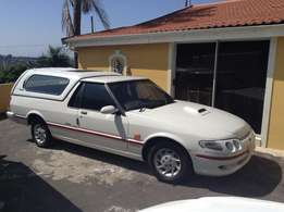 Ford Ranchero XR6 4.0 lt with Canopy
