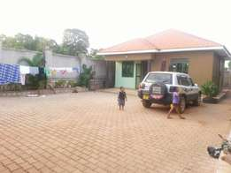 2bedrooms house on Gayaza road Masoli