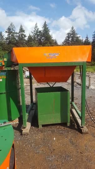 Posch Logfix L Hydraulic Firewood Log Cleaner - 2016