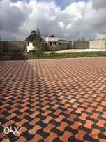 Cabro paving work profesionals footpaths compounds and drive ins