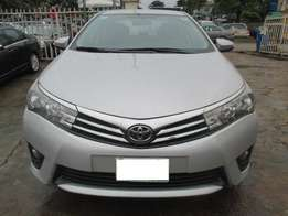 Extremely Clean Toyota Corolla 014, Registered