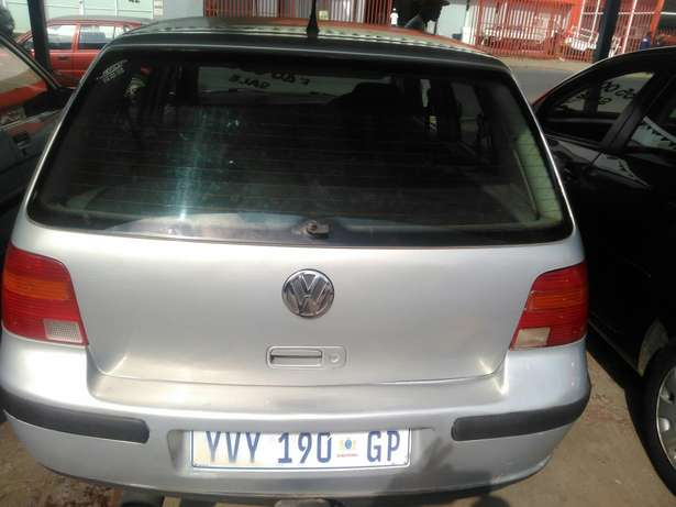 Very clean golf 4 for R36000 Germiston - image 5