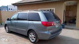 Used 2007 Toyota Sienna XLE Full Option