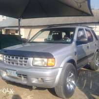 clean registered isuzu rodeo for sale