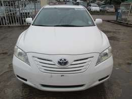 Very Clean Toyota Camry 08, Tokunbo, White