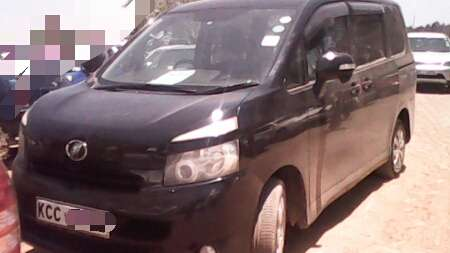 Hi selling toyota noah very very clean fully loaded BuruBuru - image 2