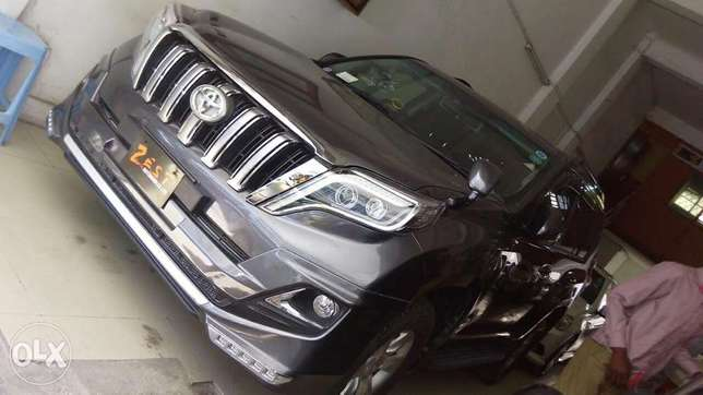Toyota Prado TX newshape Gray metallic colour fully loaded Mombasa Island - image 3