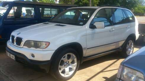 2003 Bmw 5X 3.0d A/T in a very good condition Nylstroom - image 3