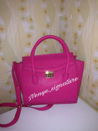 thrift/branded and unbranded fashion handbags Surulere - image 5