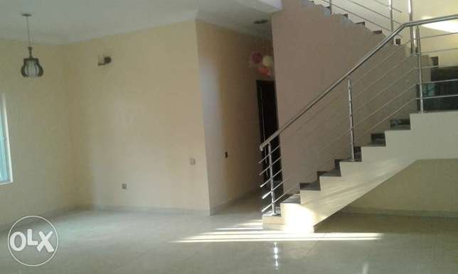 A Lovely 4 Bedroom Duplex for Rent in Lekki Phase 1, Lagos. Ikoyi - image 2